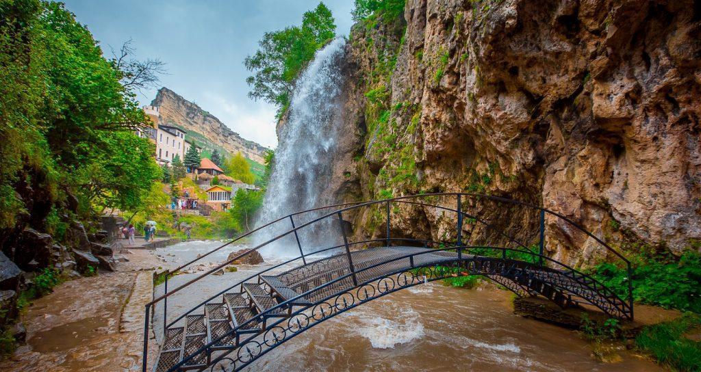 Автобусный тур к Медовым водопадам