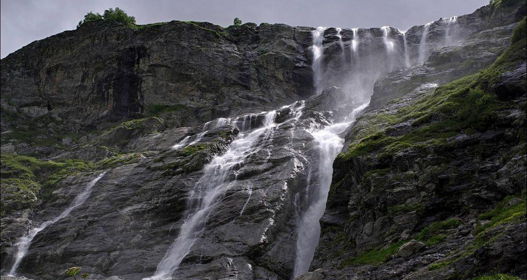 Джип-тур к Софийским водопадам в Архыз